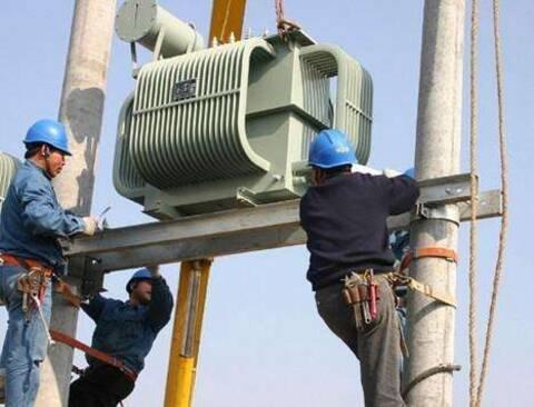 工厂正常选用多大变压器?